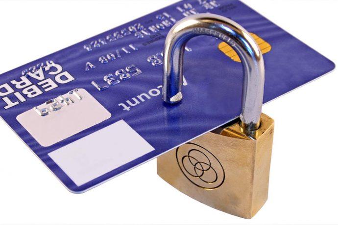 Почему блокируют кредитные карты