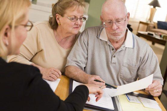 Кредит пожилым людям без поручителей