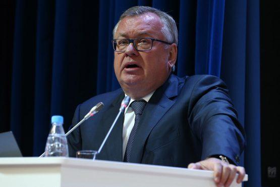 Глава ВТБ отметил банковский рынок Крымского полуострова