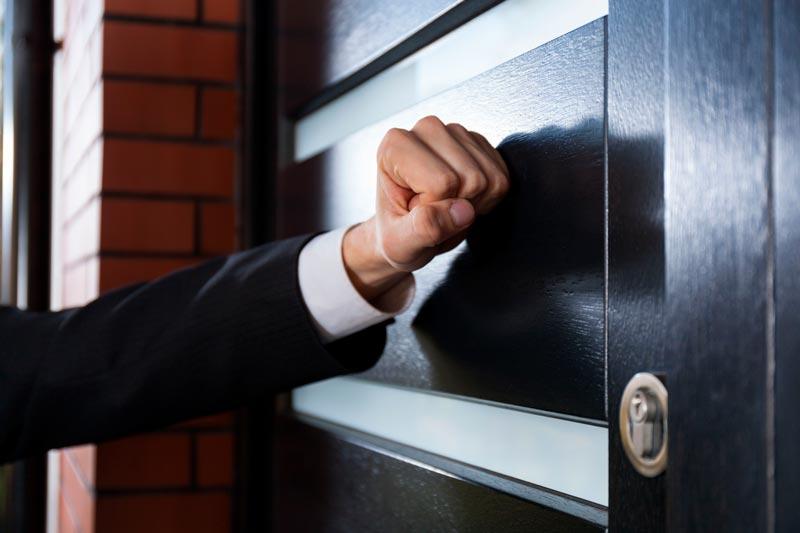 Что делать, если банк требует досрочного погашения кредита?