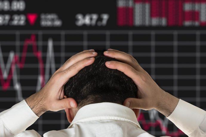 Очередная волна санкций США обвалила европейские рынки