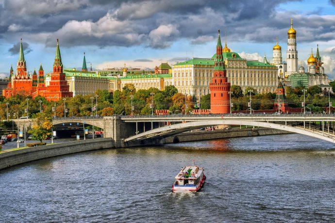 Если россияне выплатят долги, казна получит сумму равную бюджету Москвы