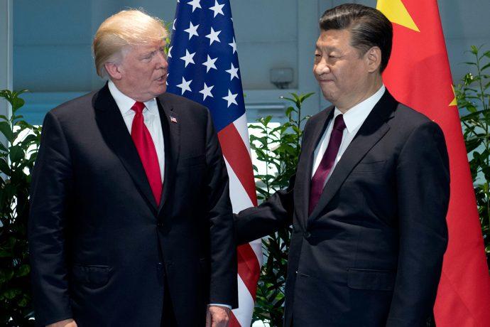 Аналитики недооценили темпы снижения золотовалютных резервов КНР