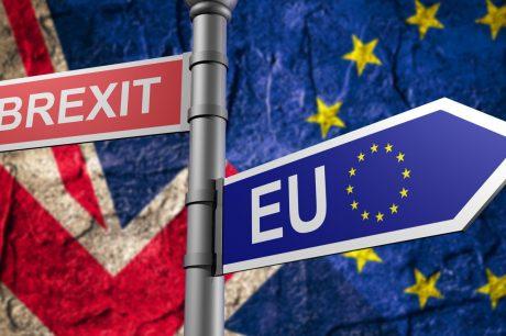 Мэй продолжает настаивать на «мягком варианте» Brexit