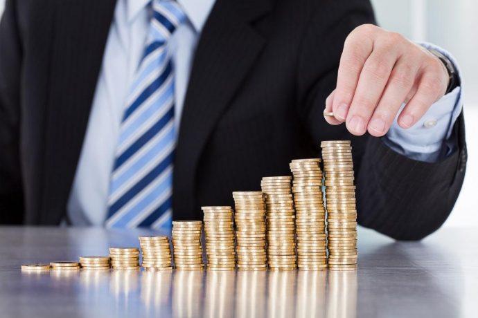 Менее трети жителей России могут регулярно откладывать средства